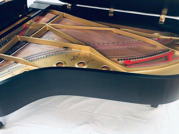 Piano Signed by Frank Sinatra & Tony Bennett,Yamaha C7 Grand,Rare Collector Item