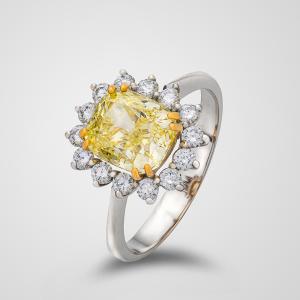 Yakut Natural 3.13 Carats Diamond Jewelry 18k Gold Ring
